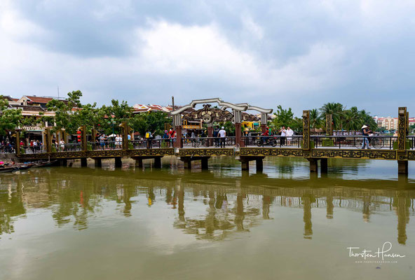 Damals war die Stadt zweigeteilt, jenseits der japanischen Brücke (Chùa Cầu) wohnten die japanischen Familien.