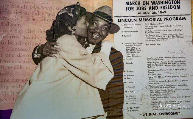Nach seiner Ermordung am 4. April 1968 in Memphis (Tennessee) wurde er in Atlanta im King Memorial Center beigesetzt.