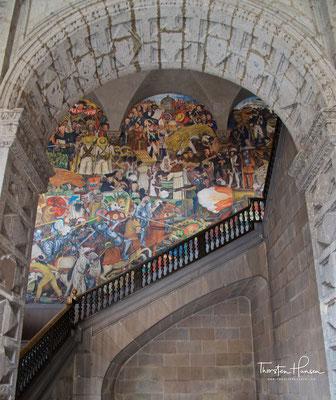 """Diego Riveras Fresko """"Die Geschichte Mexikos"""""""