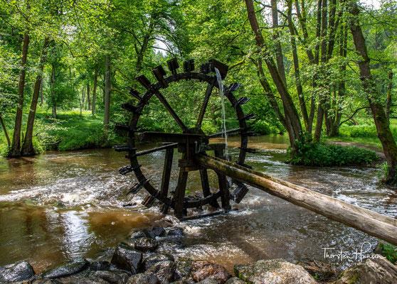Wasserrad an der Blockhütte