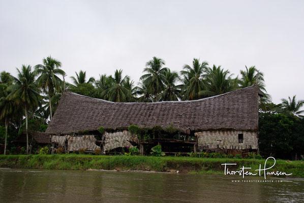 Haus Tambaran im Dorf  Korogo