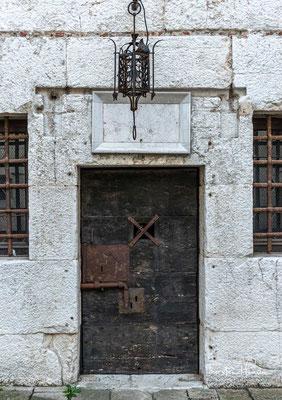 Die im Dogenpalast befindlichen Zellen waren ausschließlich für Staatsgefangene und Hochverräter bestimmt.