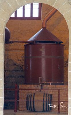 Destille in der Bodega González Byass in Jerez de la Frontera