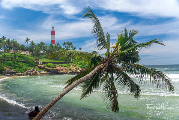 Nach der beständigen Ortstradition landete der Apostel Thomas im Jahre 52 im heutigen Kerala und gründete entlang der Malabarküste sieben christliche Gemeinden, wovon Kollam als die südlichste genannt wird.