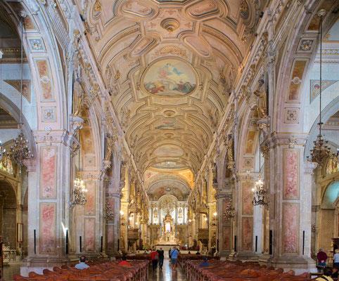 Der Bau der neoklassizistischen Kathedrale begann 1748 und endete 1800.