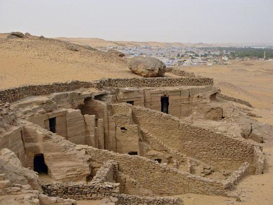 Felsengräber der Gaufürsten
