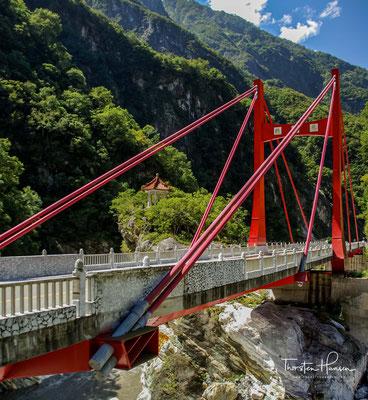 Brücke der 100 Löwen