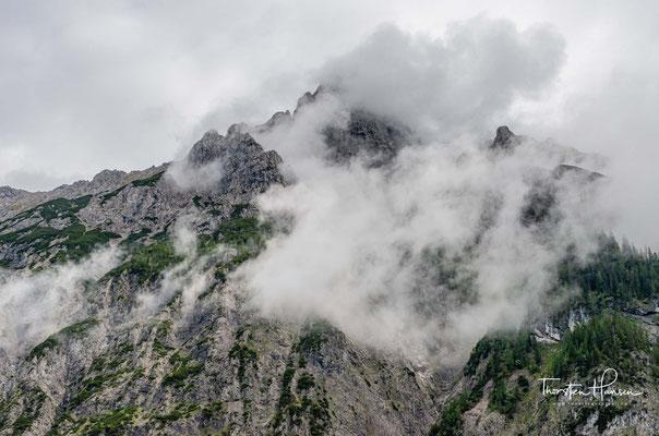 Das Tal wird vom Johannesbach durchflossen, bevor dieser am schluchtartigen unteren Talende in den Rißbach mündet.