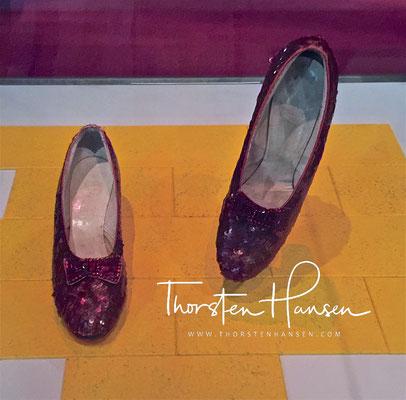 Dorothy's Ruby Slippers von Judy Garland aus dem Film der Zauberer von OZ