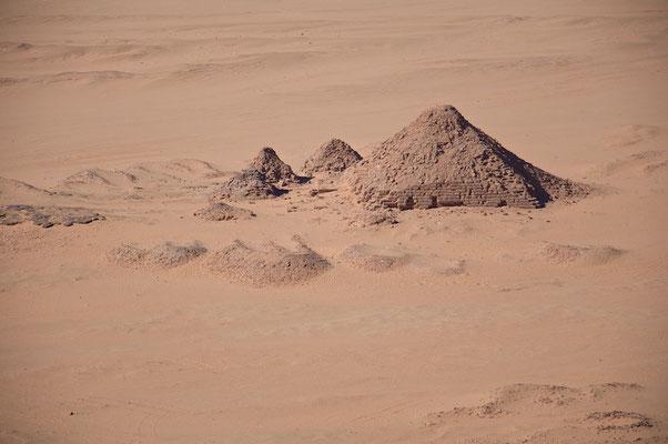 Pyramidenfeld am Jebel Barkal