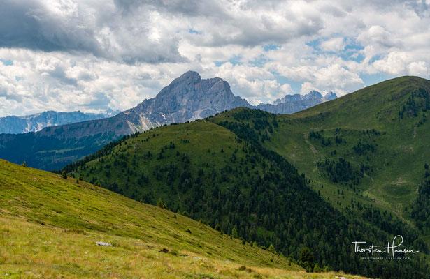 Der Grund für die Aufnahme in die Welterbe-Liste liegt in der außergewöhnlichen Schönheit ihrer Gesteinsformationen und ihres natürlichen Umfelds, sowie in ihrer geologischen und geomorphologischen Bedeutung.