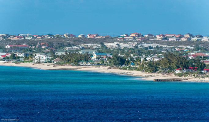 Die etwa 10 km lange und maximal 3 km breite und flache Insel ist gut überschaubar.