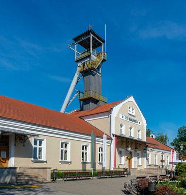 """Die Salzmine """"Wieliczka"""" ist eine der wertvollsten Sehenswürdigkeiten der materiellen und immateriellen Kultur auf allen polnischen Gebieten. Die Mine wird jährlich von mehr als eine Million Touristen aus aller Welt besucht"""