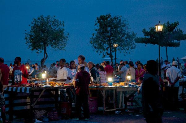 Nachtmarkt in Stone Town