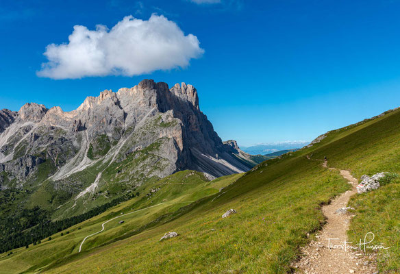 Blick auf den 3025m hohen Furchetta, einem Berg in der Geislergruppe
