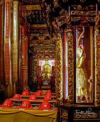 Der Longshan-Tempel ist dafür ein gutes Beispiel. Er wurde 1738 von Einwanderern aus der chinesischen Präfektur Quanzhou erbaut.