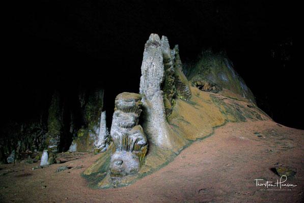 Die Geschichte der Insel bleibt ein Rätsel Felsenzeichnungen bieten erste Hinweise auf frühe Siedlungen auf Sokotra, doch Details sind nach wie vor nicht bekannt