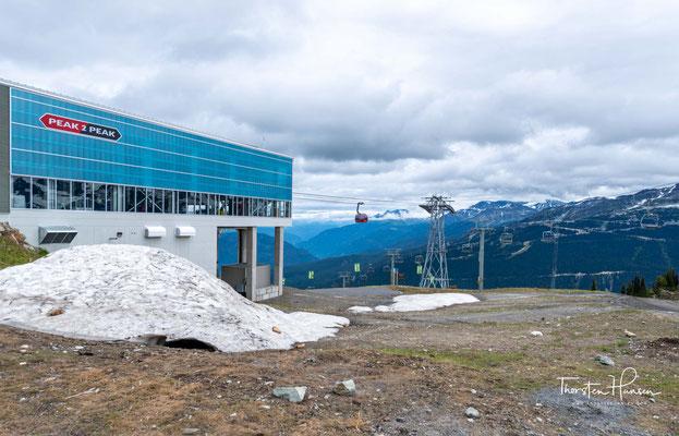 Seine Höhe beträgt 2181 m. Ursprünglich wurde der Berg London Mountain genannt, nach einer Bergwerksgegend in der Nähe.