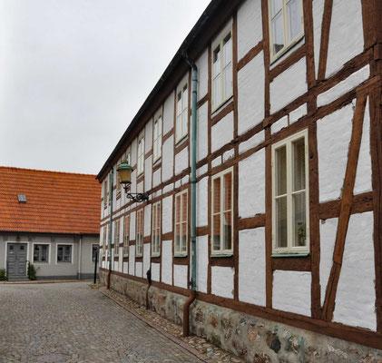..und profitierte dabei ebenso von ihrer strategischen Lage. Da der dänische König die Kontrolle über die Häfen im Norden und Süden hatte, konnte er den südlichen Öresund abriegeln lassen.