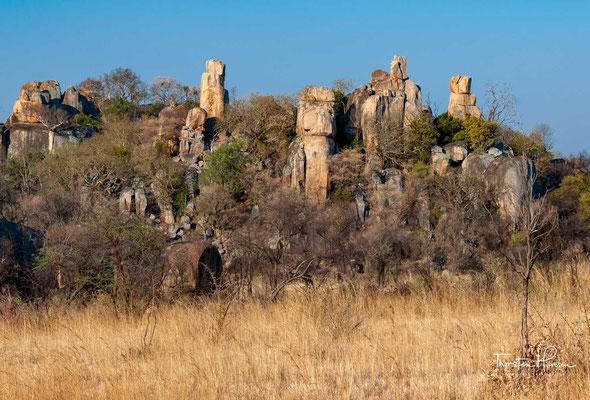 Das Matopo-Gebirge (auch Matobo-Gebirge) ist ein Gebirgszug in Simbabwe südlich der Stadt Bulawayo.