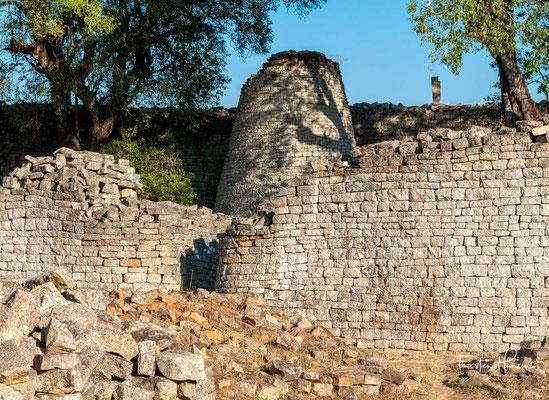Groß-Simbabwe steht seit 1986 auf der UNESCO-Liste des Weltkulturerbes.
