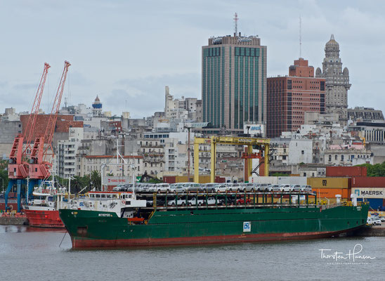 Der Hafen von Montevideo ist der wichtigste Handelshafen Uruguays.