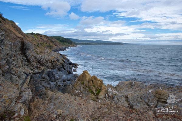 Obwohl der Präsident eine Stadt errichten wollte, verhinderte das raue Wetter, dass eine große und stabile Bevölkerung angezogen wurde. Infolgedessen gründete die Regierung 1848 nach sechs Jahren Punta Arenas im Gebiet von Sandy Point.