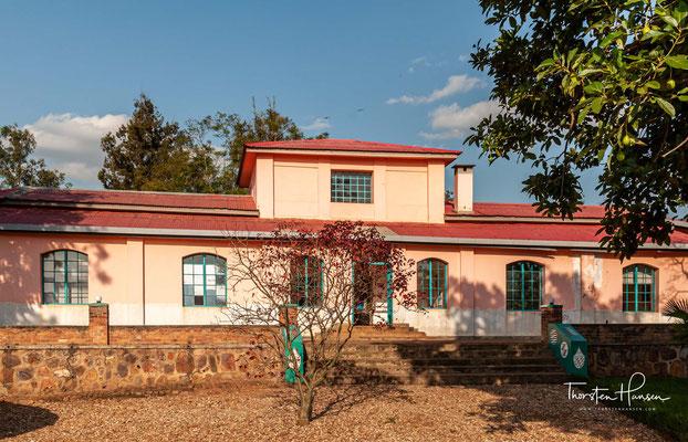 Das im Jahr 1907 errichtete Kandt-Haus ist das letzte bauliche Zeugnis der deutschen Kolonialzeit in Kigali. Es wurde nach dem ersten kaiserlichen Residenten für Ruanda, Richard Kandt, benannt.