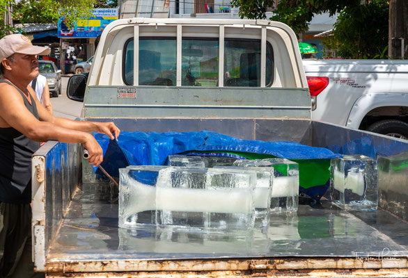 Eislieferung in Kampot
