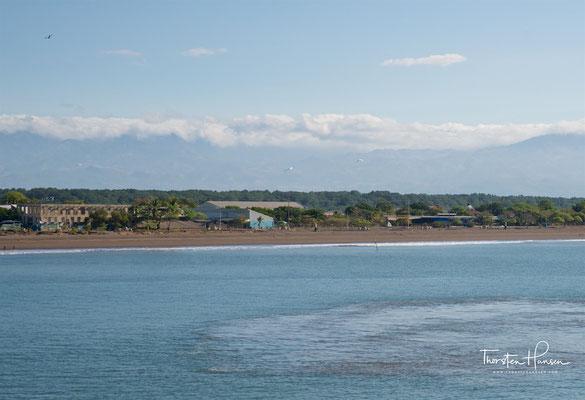 Puntarenas ist eine Hafenstadt im Westen des mittelamerikanischen Staates Costa Rica. Puntarenas ist der bedeutendste Hafen an der Pazifikküste des Landes und zählt 40.000 Einwohner. Die Stadt liegt am Eingang zum Golf von Nicoya,