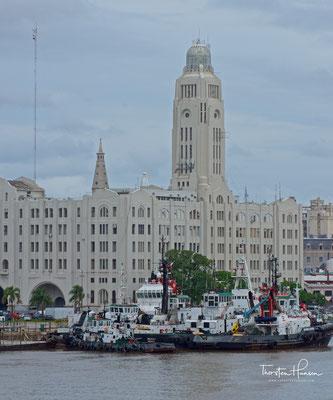 Das Gebäude der nationalen Zollverwaltung am Hafen von Montevideo