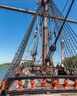 Sie wurde aus grünem Eichenholz gebaut. Das Schiff war ein Rahsegler mit drei Masten – Besanmast, Hauptmast und Fockmast. Lediglich am Besanmast befand sich auf der untersten Position (Unterbesansegel) ein Lateinersegel.