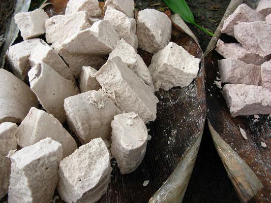 Sago auf dem Markt von Karogo
