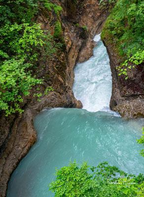 Der Rißbach, im Oberlauf Enger-Grund-Bach, ist ein rund 30 km langer Wildfluss in Tirol und Oberbayern, der das Rißtal durchfließt.