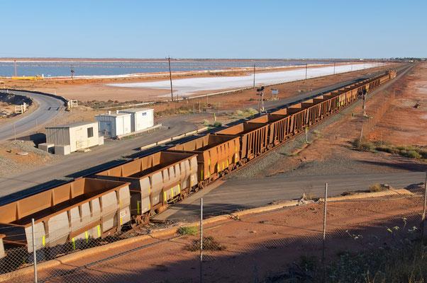 In Port Hedland ankommender Eisenerzzug aus Tom Price