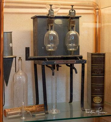 Ebensfalls nahe der Ponte degli Alpini in der Via Gamba befindet sich das Museo della Grappa der Destillerie Poli, der zweitältesten der Stadt.