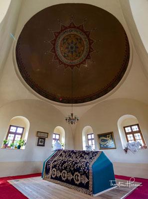 Obilić gab vor, verhandeln zu wollen, verschaffte sich Zutritt zum Führungszelt, zog den Dolch aus dem Gewande und erstach den Sultan.