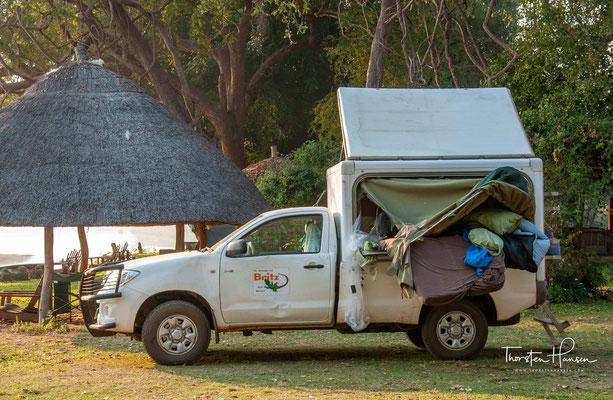 Ein Camper nach einer Elefantenattacke in der Lodge am Rande des South Luangwa NP