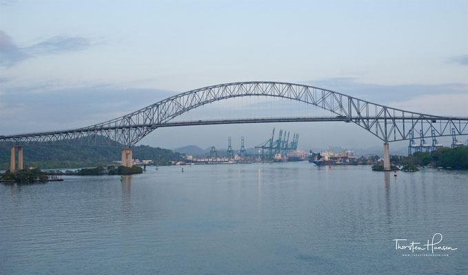 Puente de las Américas, bis 2004 war sie die einzige feste Straßenverbindung zw. Nord- und Südamerika