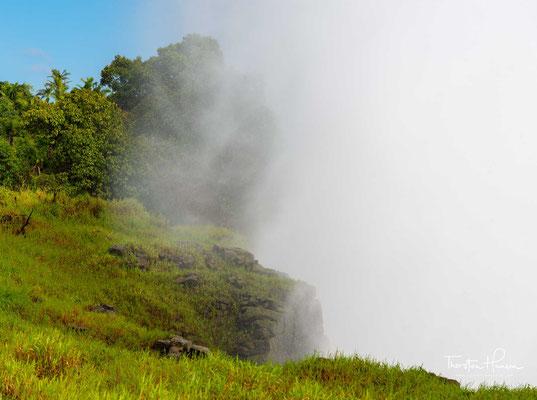 Nach der Ernennung zum Weltnaturerbe durch die UNESCO traten vermehrte Konflikte hinsichtlich der möglichen Nutzung des hydroelektrischen Energiepotenzials des Sambesi auf.