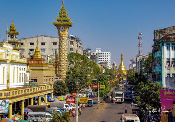 Willkommen in Rangun. Die größte Stadt und das industrielle Zentrum des Landes mit knapp 6 Mio. Einwohnern
