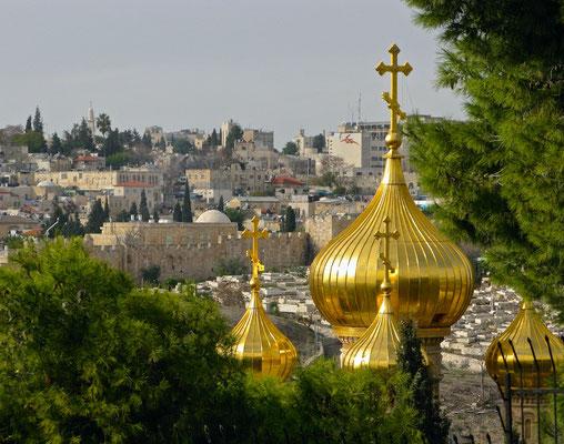Die Maria-Magdalena-Kirche ist eine russisch-orthodoxe Kirche auf dem Ölberg in Jerusalem
