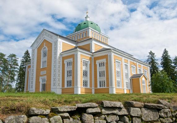 Die Kirche von Kerimäki wurde am 25. September 1847 nach dreijähriger Bauzeit fertiggestellt und am 11. Juni 1848 zu Pfingsten feierlich eingeweiht