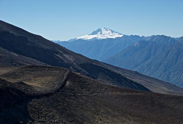 Auf dem Vulkan kann man weitere Vulkane, wie den Calbuco und Casablanca sehen.