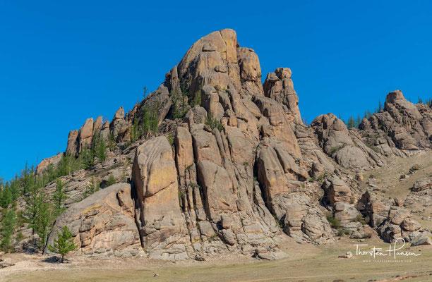 """Der Gorchi Tereldsch Nationalpark, heißt übersetzt """"Strom-Rhododendron"""" und befindet sich 55km östlich von Ulan Bator"""