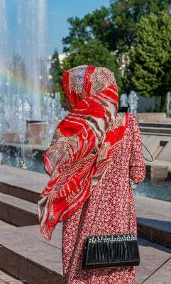 Junge Frauen in Duschanbe