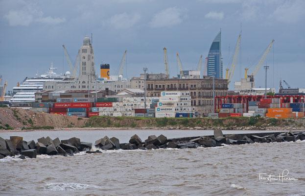 Er befindet sich am Río de la Plata in der Bucht von Montevideo