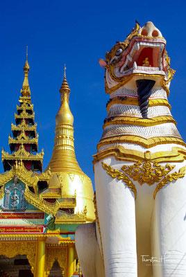 Es handelt sich um einen der bekanntesten Mon Tempel in dem auch jährlich ein 10-tägiges Fest stattfindet.