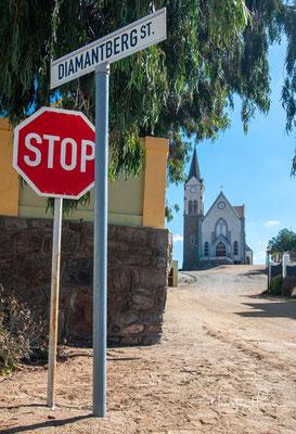 Die Felsenkirche ist eine evangelisch-lutherische Kirche in der namibischen Hafenstadt Lüderitz und Wahrzeichen dieser.