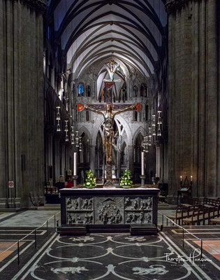 1152 machte man sich daran, eine große Kathedrale nach westeuropäischem Vorbild als Sitz des norwegischen Erzbischofs zu errichten